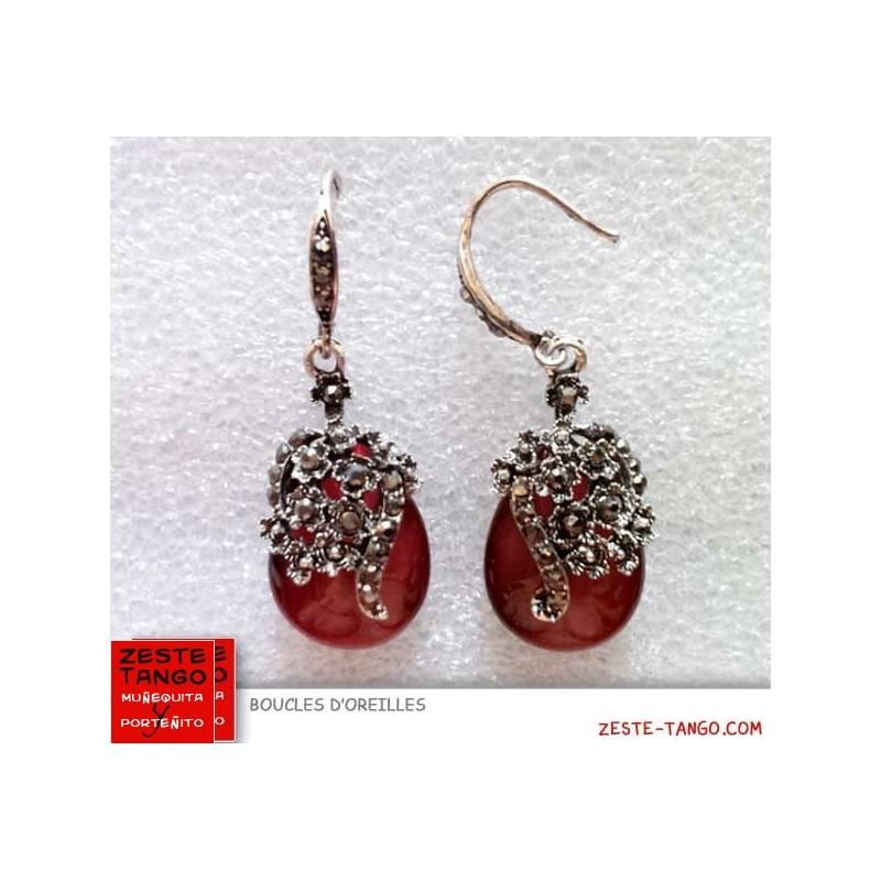 Boucle d'oreille perle rouge
