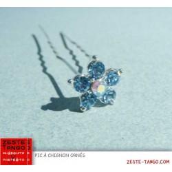 Pic à chignon fleur strass serti, bleu lavande