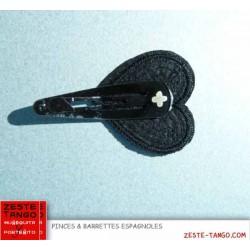 Pince motif coeur brodé paillettes - noire
