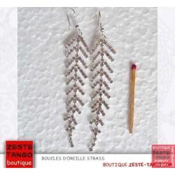 Boucles d'oreille fil métal et strass, nœud doré