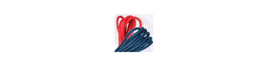 Colored shoelaces: tango shop