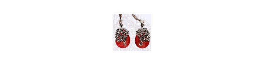 Earrings: tango shop